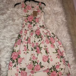 Lands end kids beautiful floral dress